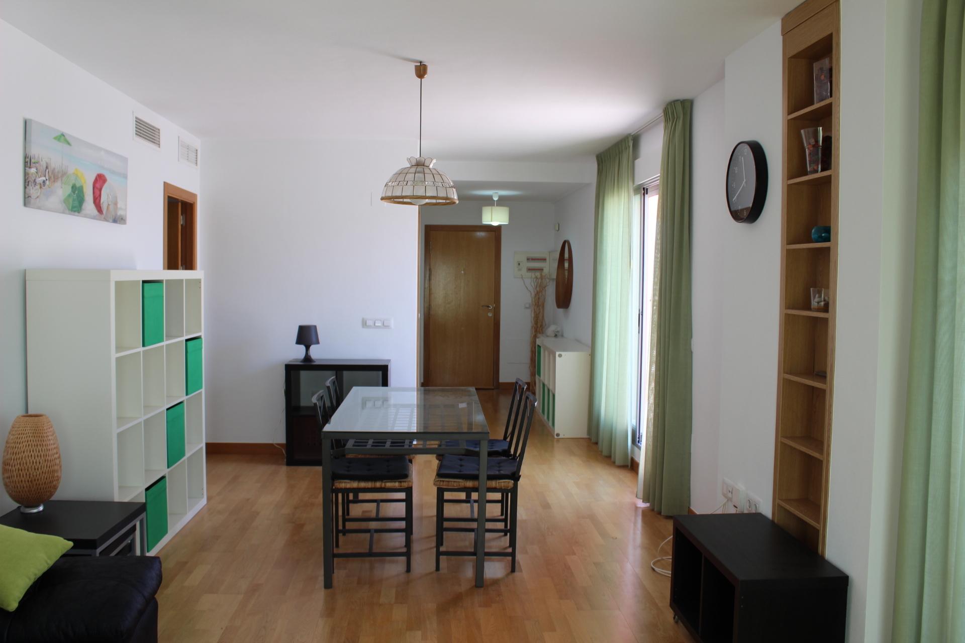 ÁTICO 2 Habitaciones, 2 Baños, Salon, Cocina, Terraza de 83m2 EN Edif. Santa  Lucía